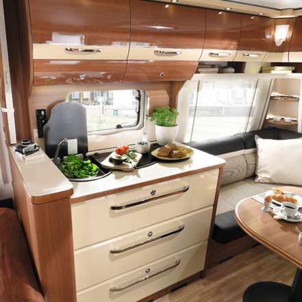 lmc maestro 2016 caravan nieuw keuken